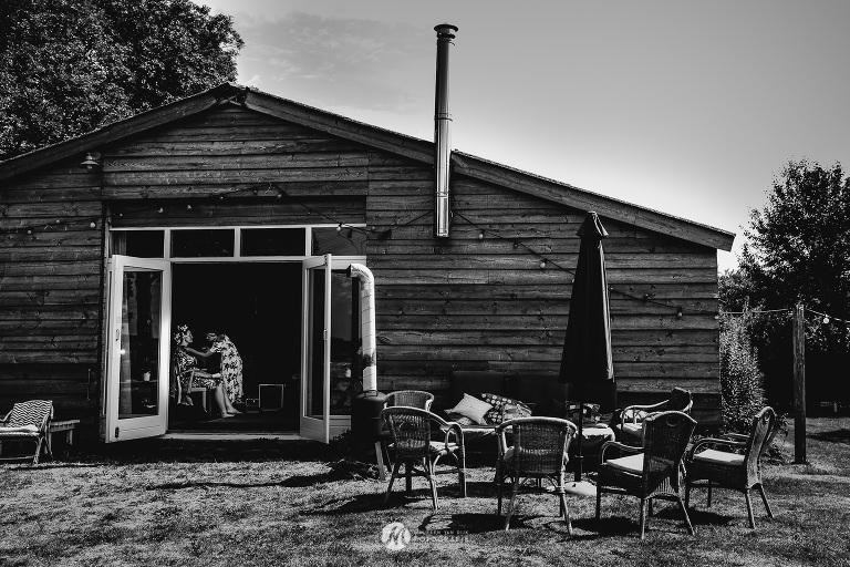 BUITEN TROUWEN door Maureen van Dijk Fotografie 3096(pp w768 h512) - Trouwen in Hattemerbroek