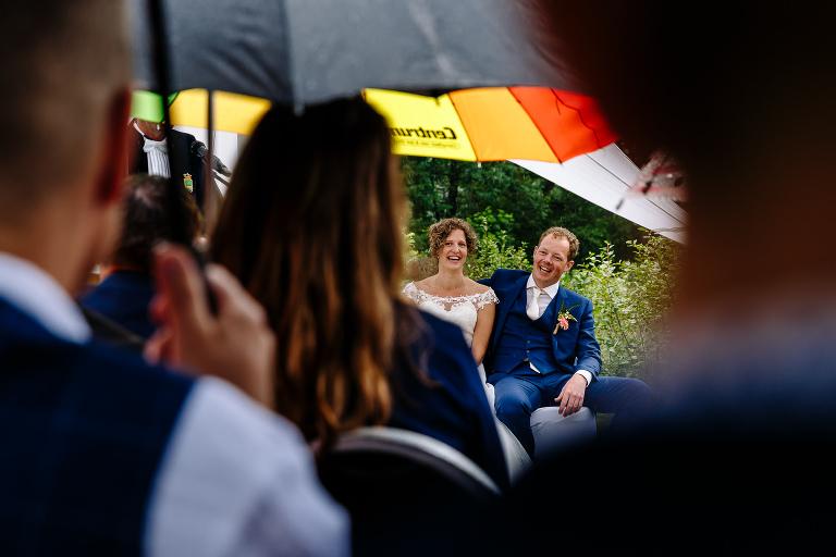 regen tijdens je bruiloft maureen van dijk fotografie 5177(pp w768 h512) - Regen tijdens je bruiloft